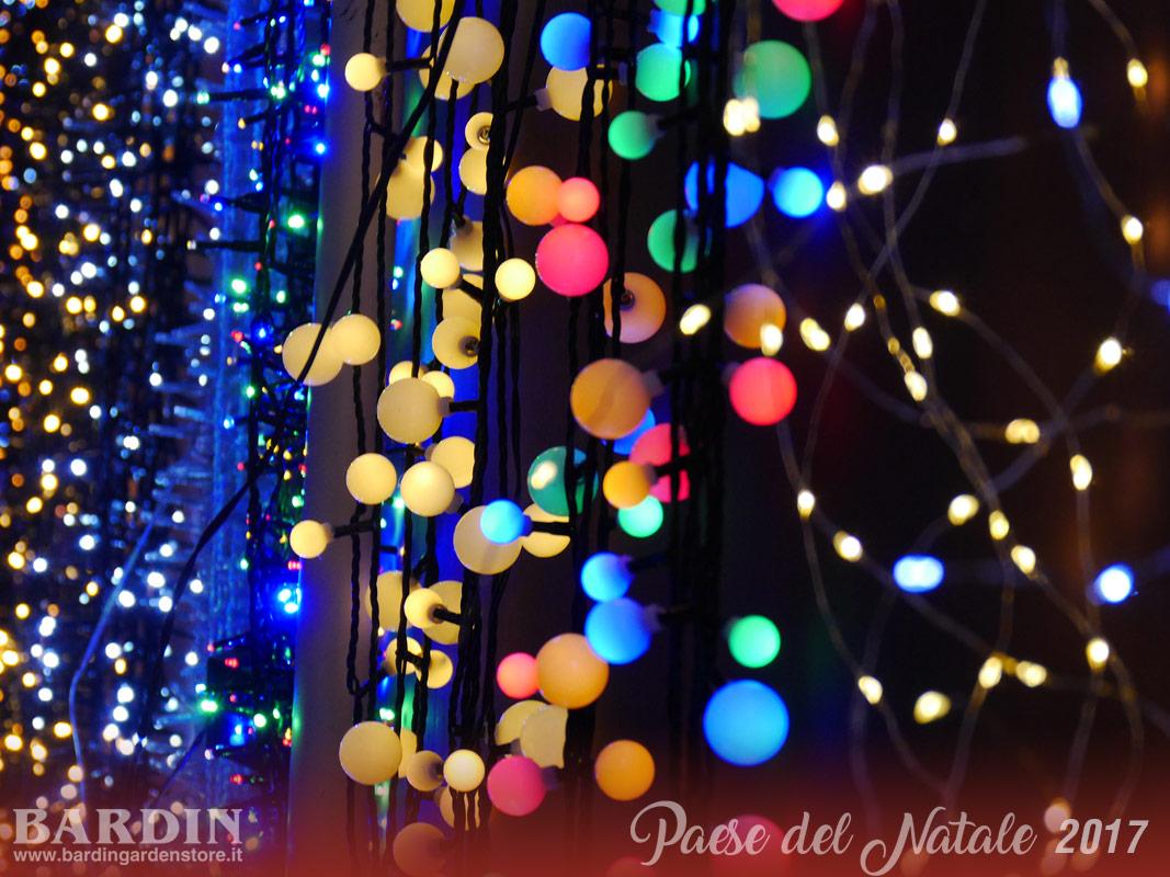 Luci natale da esterno: illuminazione per esterno natalizie