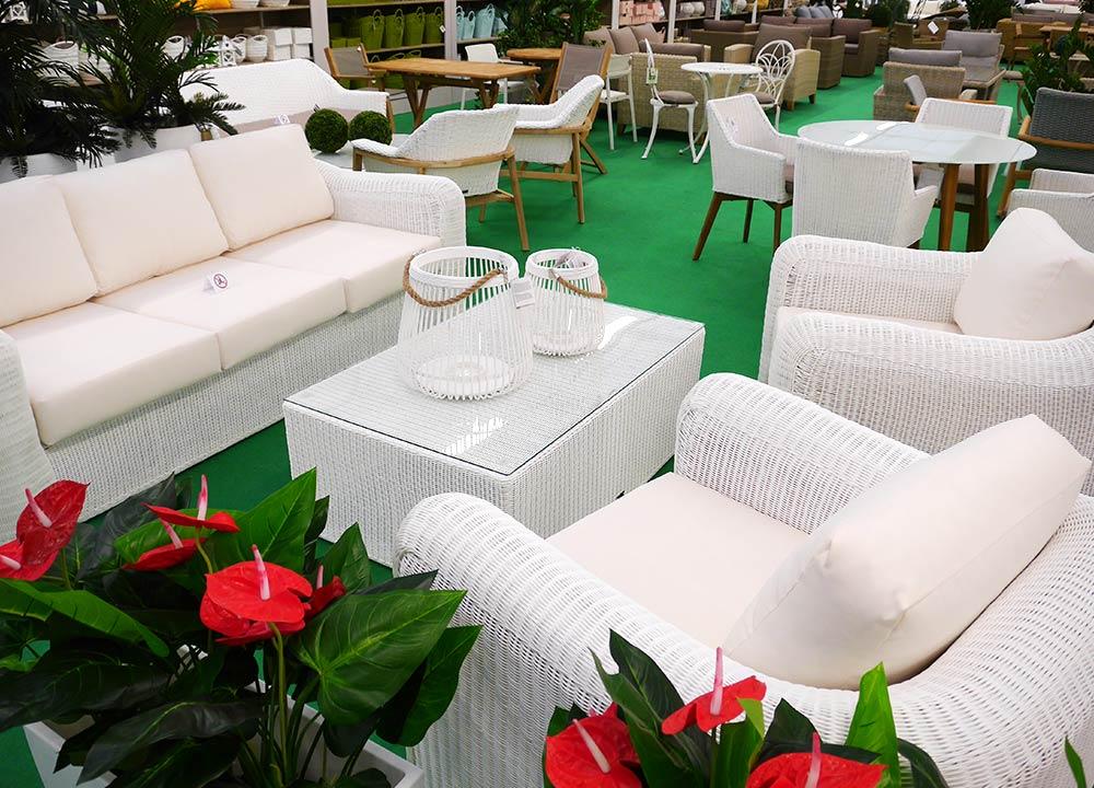 Mobili da giardino vendita a treviso da bardin for Arredo giardino